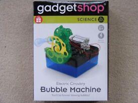Gadget Shop Bubble Machine: Brand New