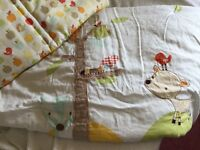 Mamas and papas cot bumper and quilt £20