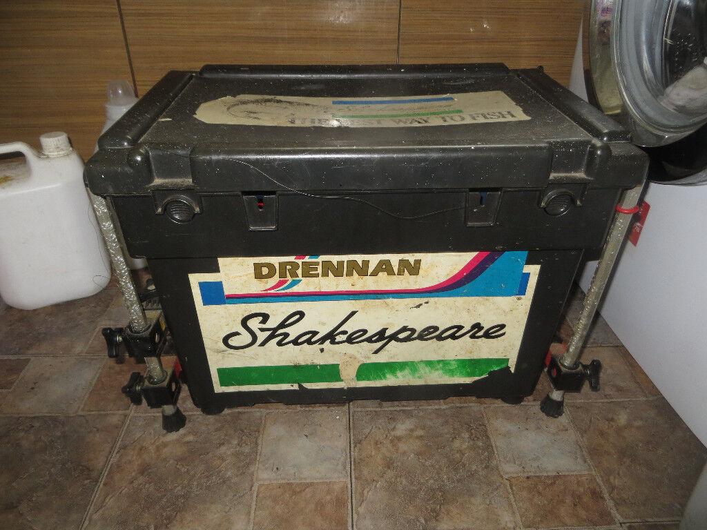 Shakespeare fishing box, fishing tackle box