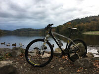 Scott Scale 720 Mountain Bike Carbon Large Hardtail