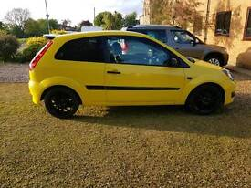 Ford fiesta zetec s limited edition yellow