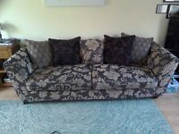 A 3 piece dfs sofa. 1 3 seater 1 4 seater & 1 arm chair. Good condition. From pet & smoke free home