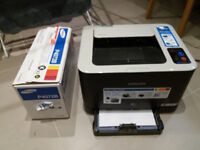 Samsung CLP-325W Colour laser printer - £25 - wtih toner and cables
