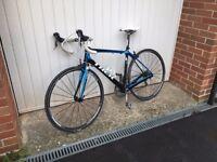 2014 Trek Domane 4.0 carbon fibre road bike - 54cm frame, excellent condition