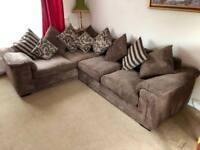 Lovely large corner sofa - can deliver in Hampshire