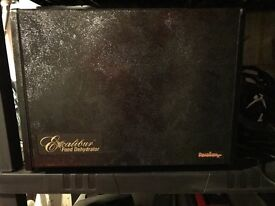 Excalibur Dehydrator 9 tray with timer. Like NEW. Used once.
