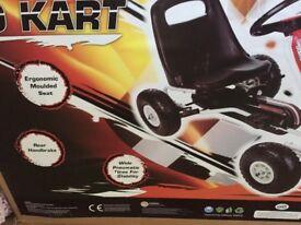 Kids go kart 5+ new boxed