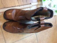 Size 8 sturdy workman boots, barely worn