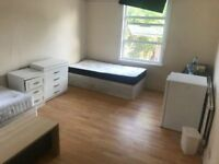 MASTER DOUBLE ROOM AVAILABLE NOW IN CRICKLEWOOD AREA