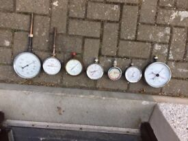 Pressure guages for various use