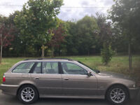 2002 BWM 520 SE TOURING 2.2L PETROL. BRILLIANT DRIVE. SERVICE HISTORY. LEATHER INTERIOR. ALLOYS.