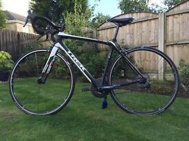 Trek Madone Carbon Road Bike. 54cm: H2 Geometry: Excellent Condition. Perfect working order.