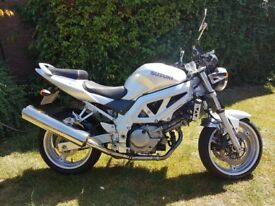 Suzuki SV650 K3 - Superb condition - Silver - 9K miles - 2 owners from new - MOT Jun19 - see pics!