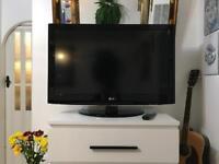 """37"""" LG Full HD Lcd Tv"""