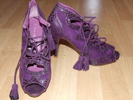 Purple size 5 high heels