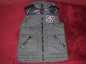 Boys Hooded Gilet / Bodywarmer, Age 9-10 Years