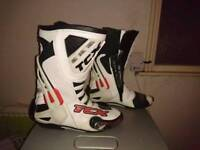 TCX bike boots
