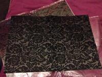 4x place mats