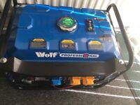Wolf 2.8kw(2800 Watts) petrol generator