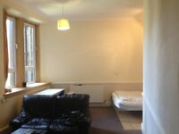 Large room and small room in gorgie flat would suit students