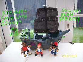 KEENWAY PIRATE SHIP WITH SOUNDS & FIGURES