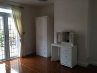 Newly renovated one bedroom flat including bills
