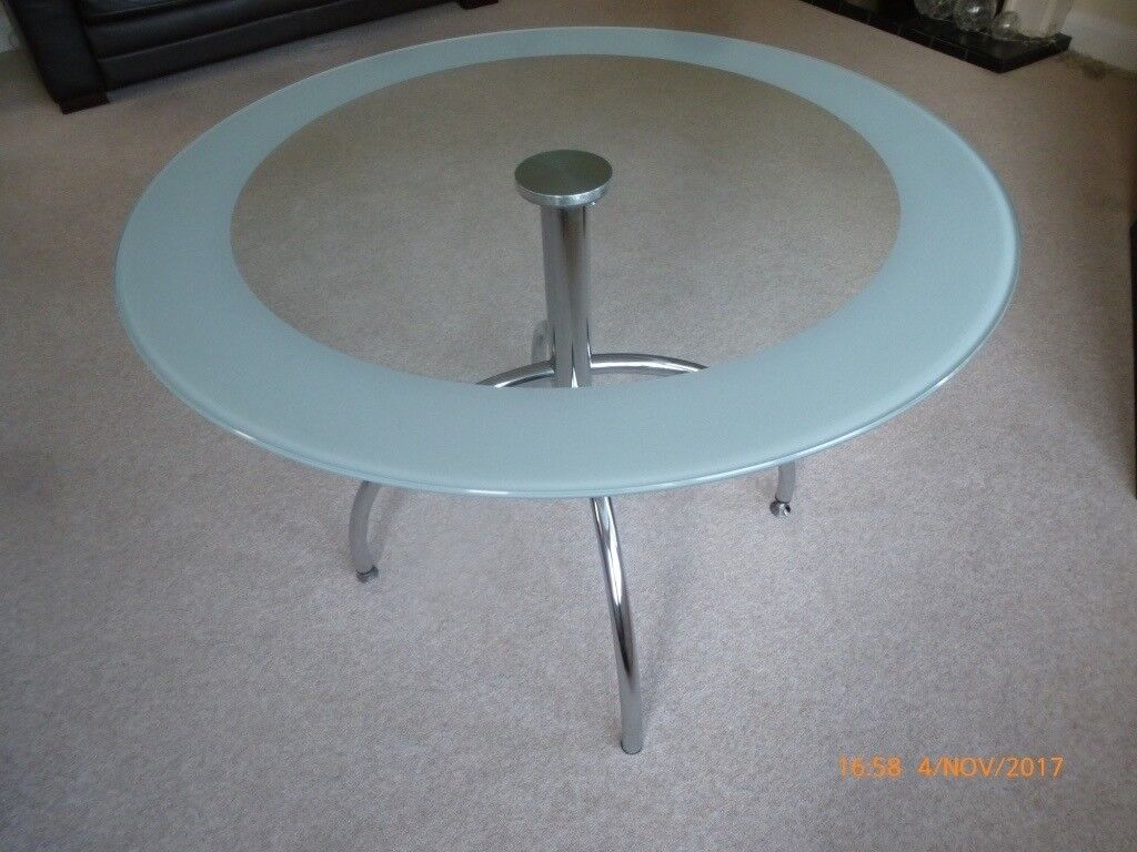 Bistro Chrome / glass table and 4 matching chairs