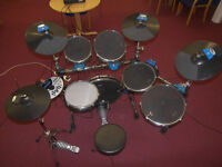 DRUMS Traps E500 , E-500 Electronic Drum Kit with Cymbals , Hi-Hat , Bass Pedal and Stool.