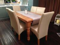 LPC Extending Solid Pine Table with 6 chairs