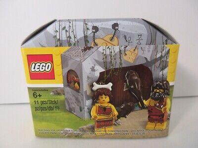 LEGO promo 5004936 Iconic prehistoric caveman cavewoman minifigure set from 2017