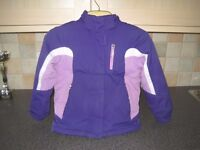 Childs Ski Suit age 5/6. Has removable fleece inner jacket. Suitable for Europe, USA and Canada..