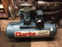 Clarke 150 litre air compressor se16c150 in good working condition