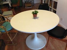Ikea round dining table.