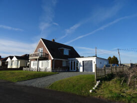 Spacious 5 double bedrooms, 2.5 bathroom, 2 storey house with spectacular sea views of France