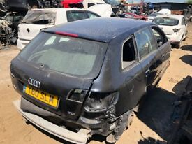 AUDI A3 8P BLACK 5 DOOR 2008 - 2012 1.6 TDI CAYC BREAKING FOR PARTS SPARES