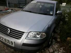 VW PASSAT 1.9 TDI 2002 **BREAKING **
