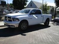2010 Dodge Ram 1500 SLT SUPER LOW MILEAGE