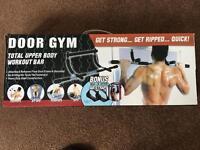 Door Gym - Total upper body workout bar