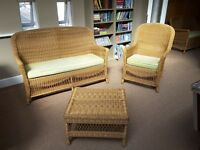 Wicker conservatory/sunroom furniture