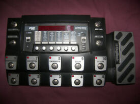 Digitech RP1000 / RP-1000 , Guitar Multieffects with Modeling Preamp , 200 Presets , Drum Patterns.