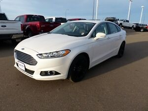 2016 Ford Fusion SE, SYNC, Moonroof, Navigation