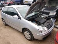 Breaking Volkswagen polo 2003 silver 2 door bumper mirror headlight