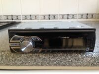 Pioneer CD stereo with AUX/USB