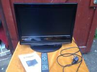 """18.5"""" flat screen TV and DVD player combo like new with freeview & remote"""