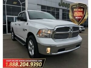 2016 Ram 1500 SLT| Low KM| 4X4| Cloth| Navigation