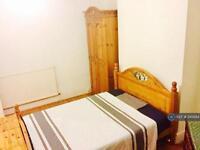 1 bedroom in Cavendish Drive, London, E11