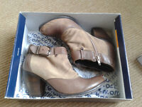 Office ankle boots – Size 6, in perfect condition