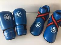 Sparring gloves and shoes size large