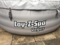 Lay-z-spa 6 person hot tub