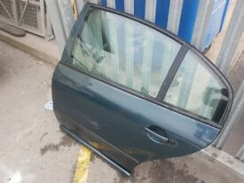 Skoda superb 2002 n/s rear door 9597